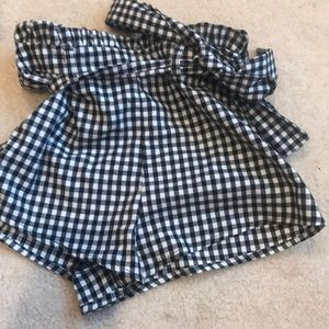 Girls checkered shorts with bow
